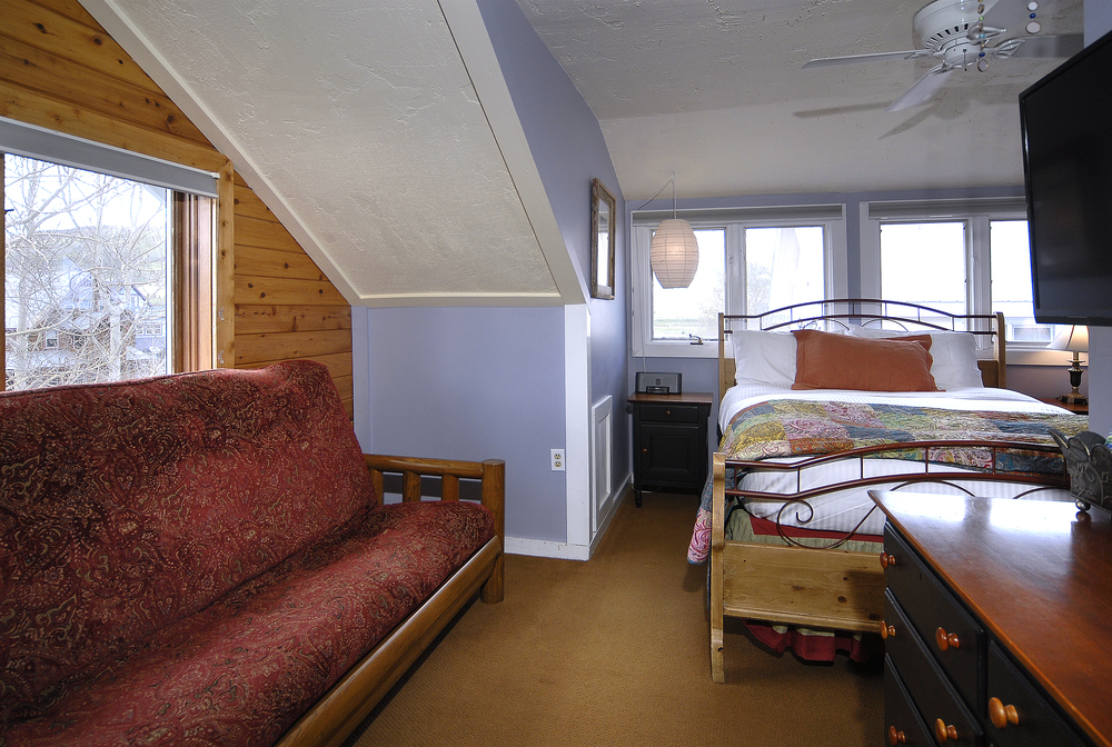 PurpleMtn_27 two buttes room.jpg