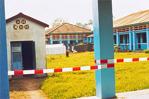The 1995 Ebola epidemic in Kikwit was stopped, in part, by creating a cordons sanitaire, isolating the Ebola patients in the back hospital pavilion.