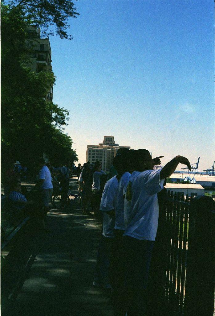 Promenade - 9/12/2001