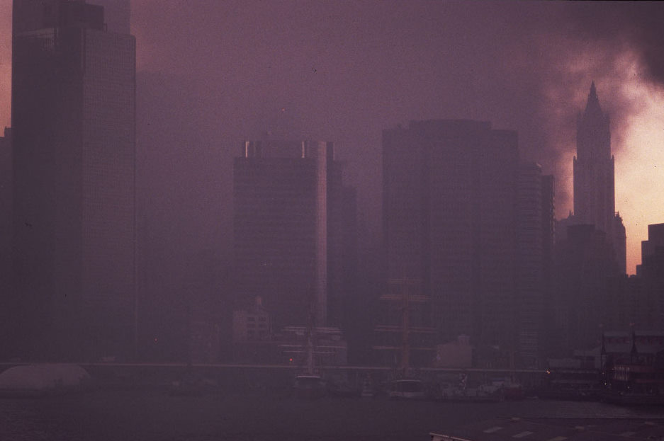 The Plume Devours Brooklyn on 9/11, photo by Michael Couzens