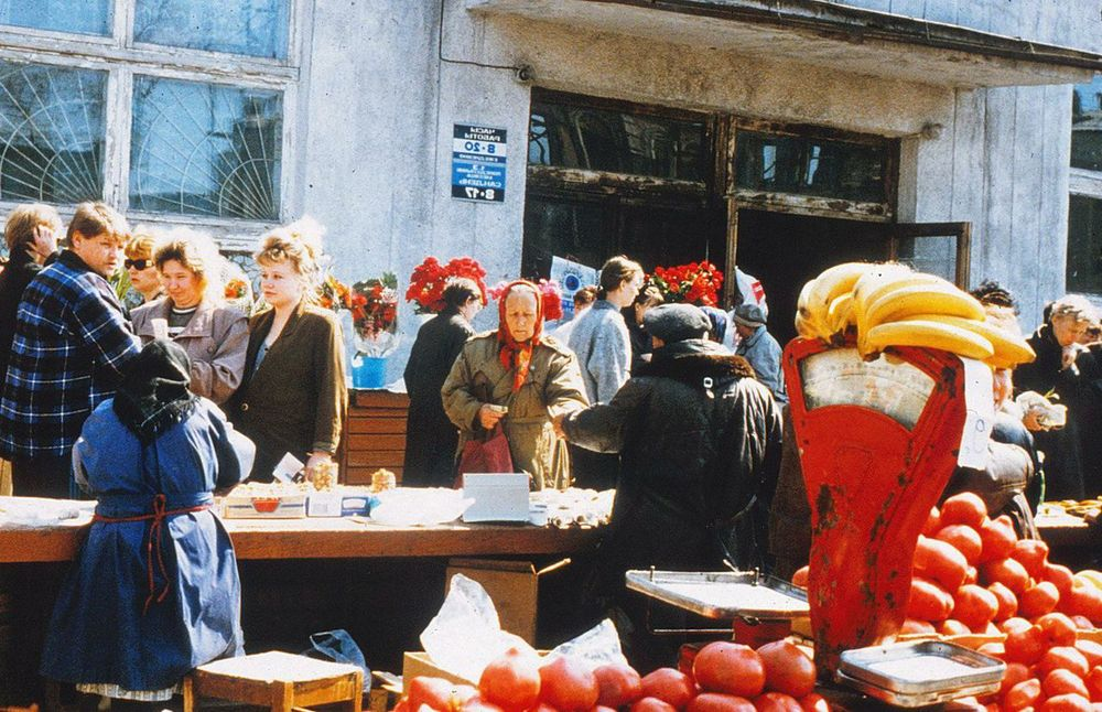 During Soviet times people had money, but there was no food to buy. Today, even tropical foods are plentiful, but the people are malnourished for lack of purchasing power. (Irkutsk, Siberia)