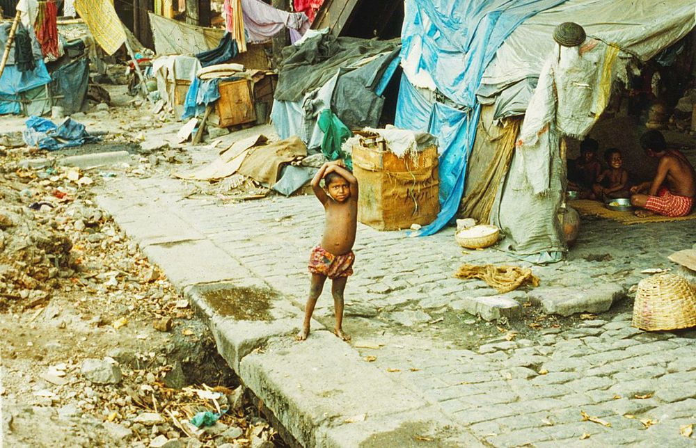 The new mass urbanization finds millions living in slums like this one, in Surat, India, where pneumonic plague emerged in 1994.