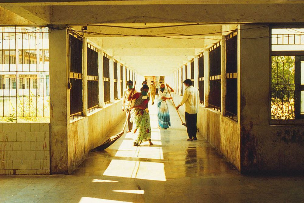 The plague ward of Surat.