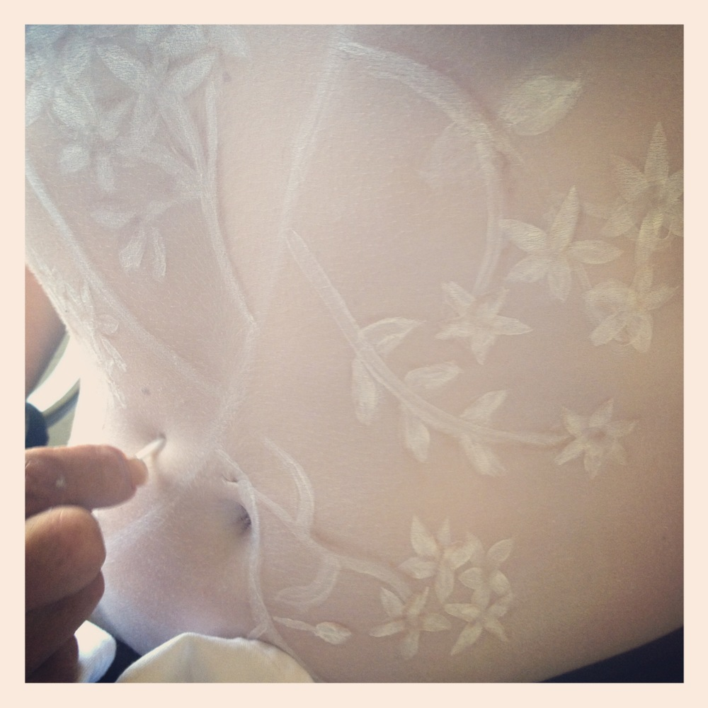 Trish created an absolutely BEAUTIFUL 3d lace leotard for her 'Ballerina'... I cant show you the finished piece as the model wants to keep her final piece private... but take a look at Trish at work here. Not bad for someone whodidn'tthink they could. ha ha ha Bollocks Trish... of course you can and you did!
