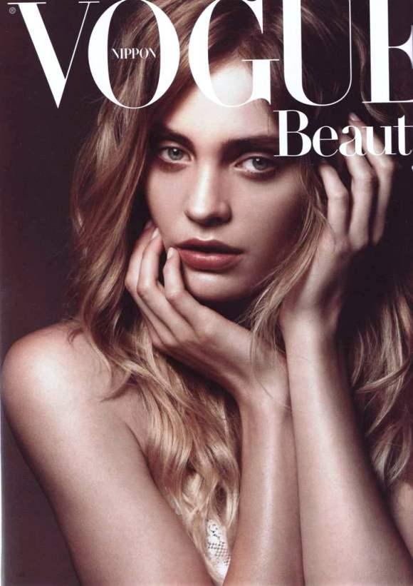 Heidi-Mount-Vogue-Nippon-September-2010.jpg