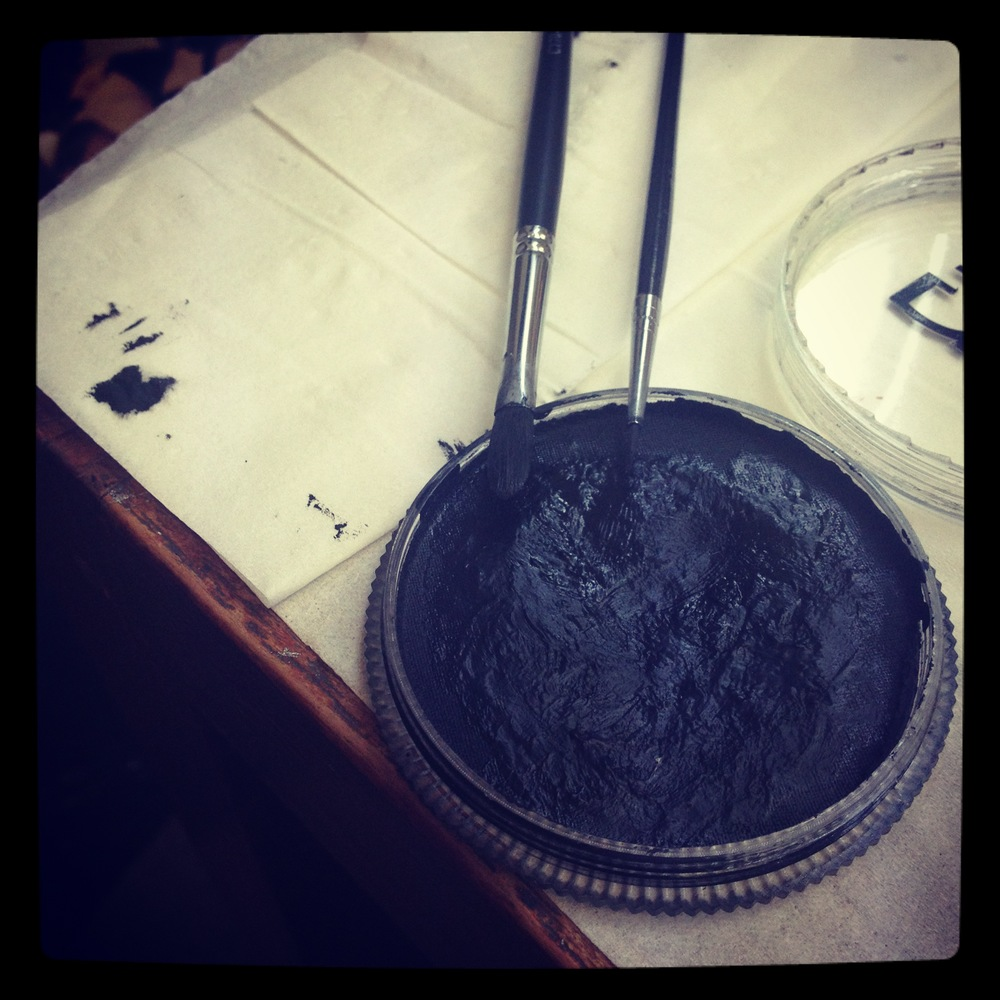 This is what I used for the black - TAG black water activated cake.