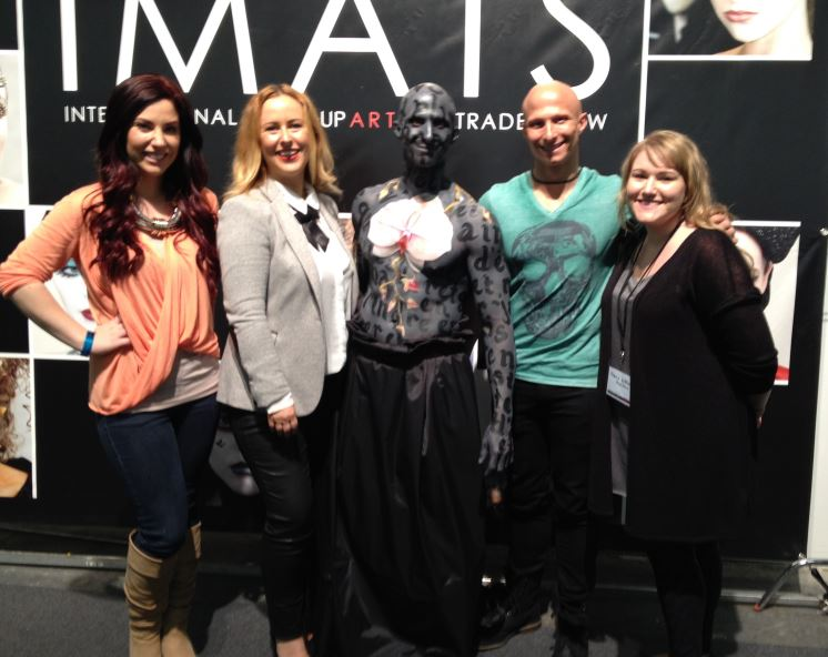 My NYC peeps! In possibly the most unflattering lighting *sigh* (L to R) My assistant from my first shoot with the boys... Lindsay Schwebke, me, Mike Perfetuo, Matt Perfetuo and my gorgeous assistant for IMATS, Zoe Tranter
