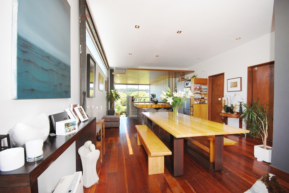 Dining space and American Oak table by Mandel Contracting
