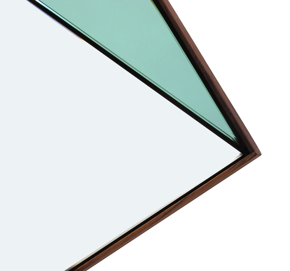 04b Pyramid Mirror_detail.JPG
