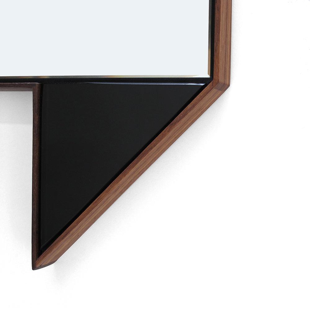 06b Fold Mirror_detail.jpg