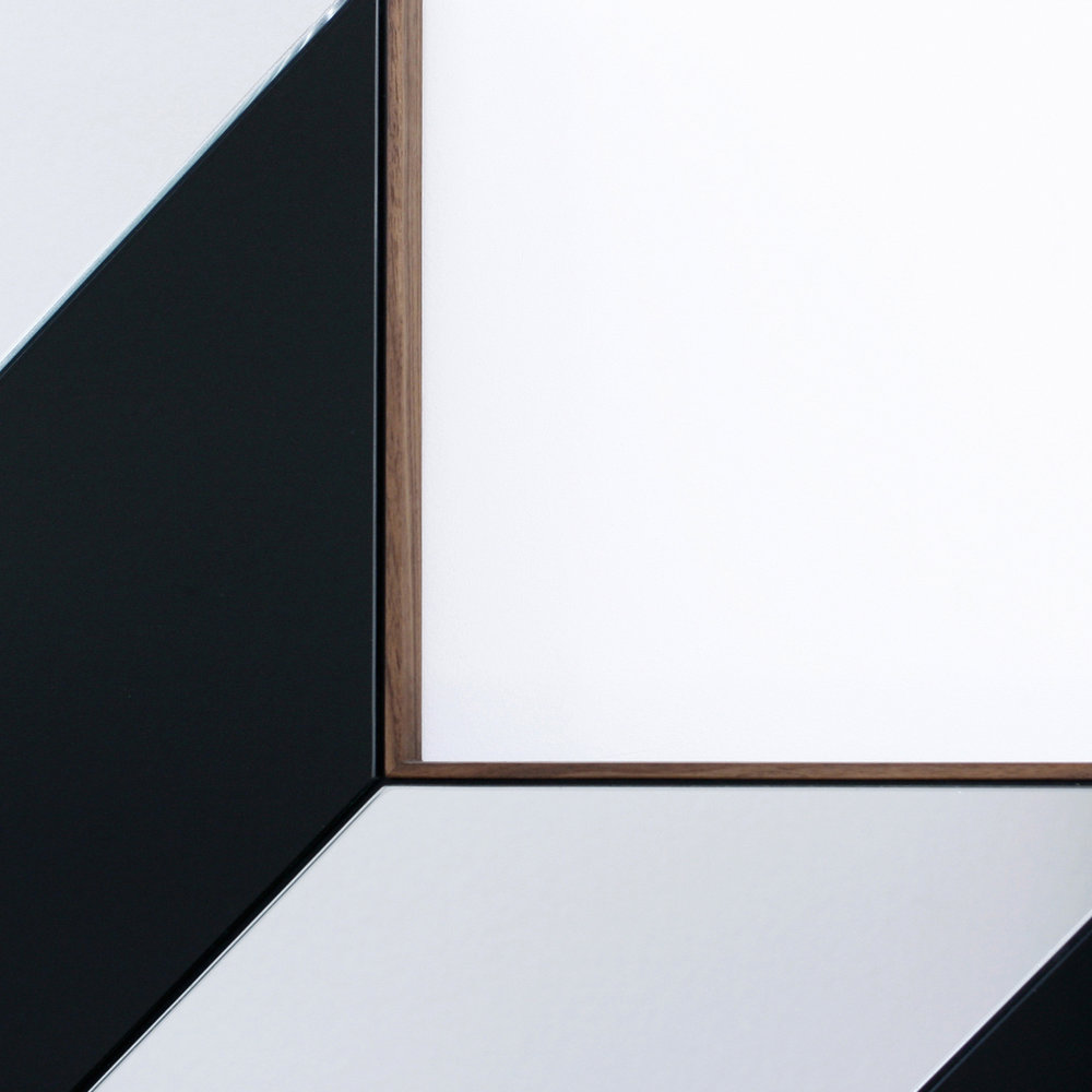 09 Staircase Mirror_Detail 1.JPG