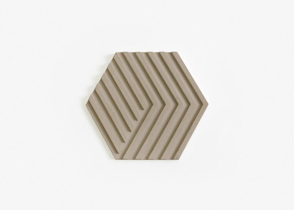 ConcreteTrivet-gray-silo-01-17S-BOTT3G_ed830228-894b-4e35-91d4-c93bfe5ee041_2048x2048.jpg