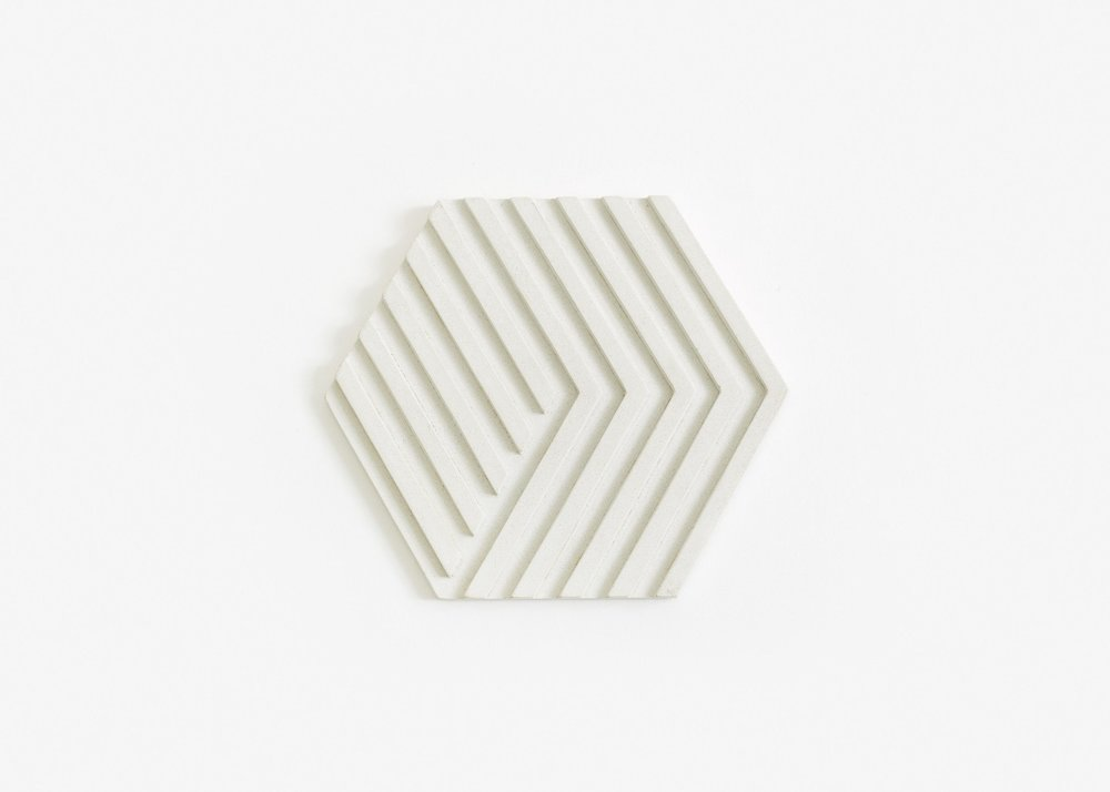 ConcreteTrivet-white-silo-01-17S-BOTT3W_5fda5907-dd93-4b6f-b27d-7c957b156212_2048x2048.jpg