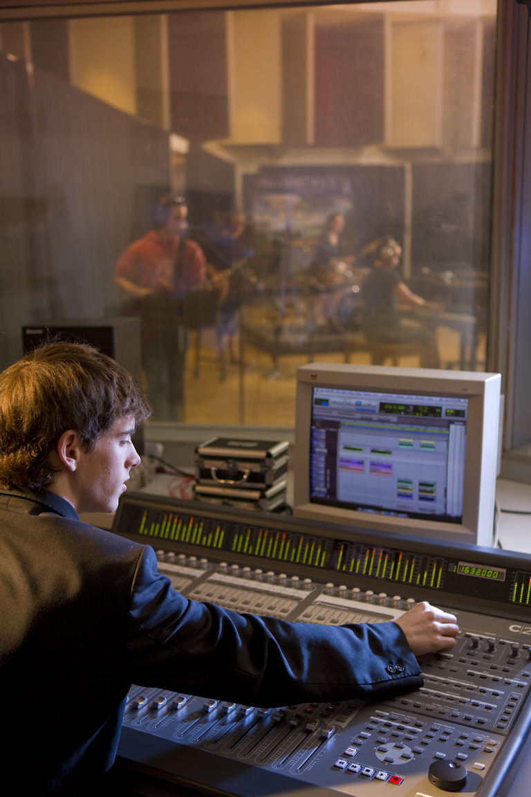 RecordingStudio (4).jpg