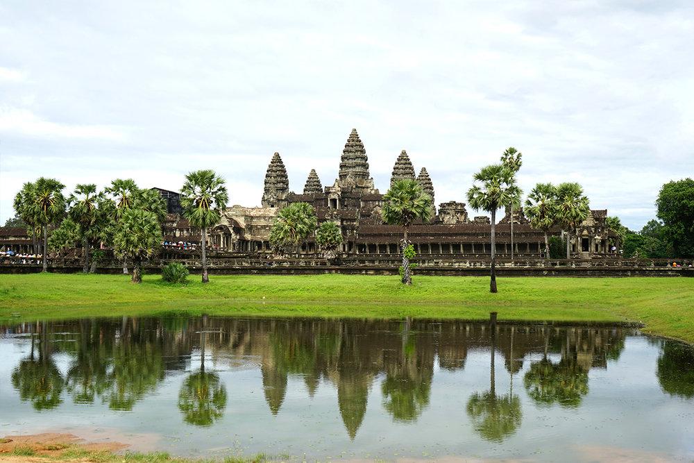 The impressive Angkor Wat main temple complex.