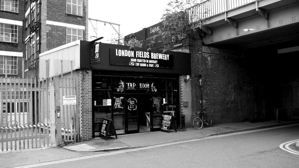 londonfields1.jpg
