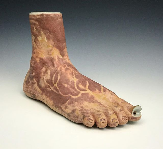 This is not a foot. 😉 Ceramic stoneware.🔥 . Come check this fella out at 198 Allen St, NYC this week. Con Artist Collective: All Stars on view til the 12th. Big event on the 9th at 7pm, come check out some art and buy our stuff 🤑 . . . . . #artistsoninstagram #artist #artista #ceramics # glazed #pipe #pipesforsale #sculpture #magritte #contemporaryart #nyc #contemporary #instagood #feetporn #smoke #bowl #gross #clay @conartistnyc