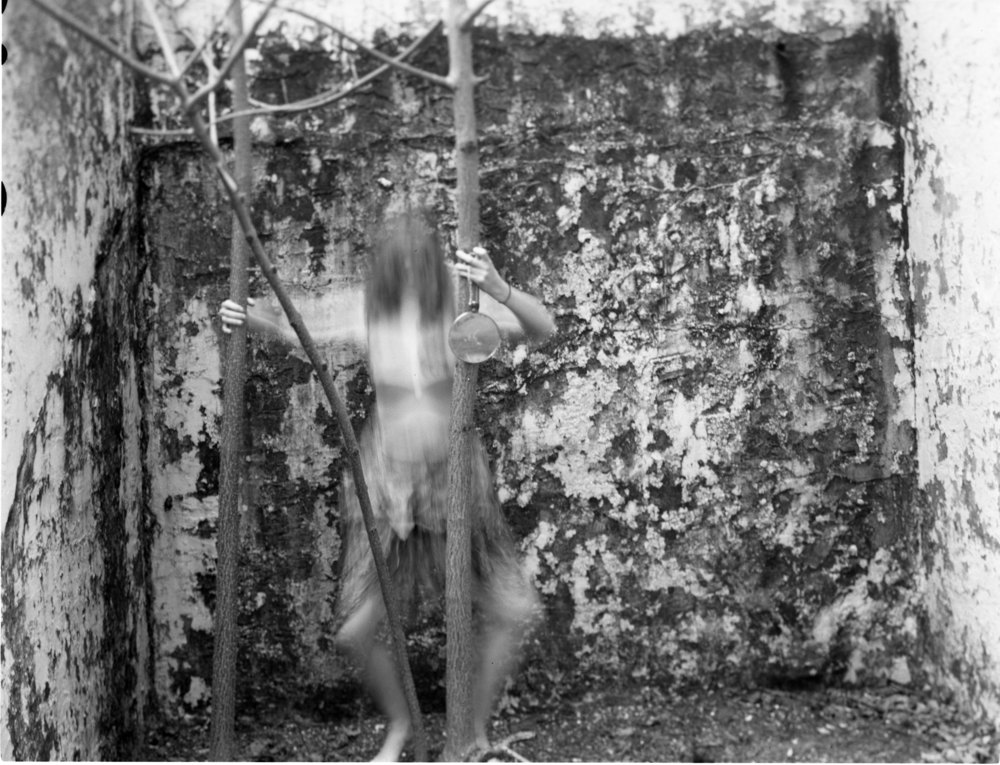 Francesca Woodman004.jpg