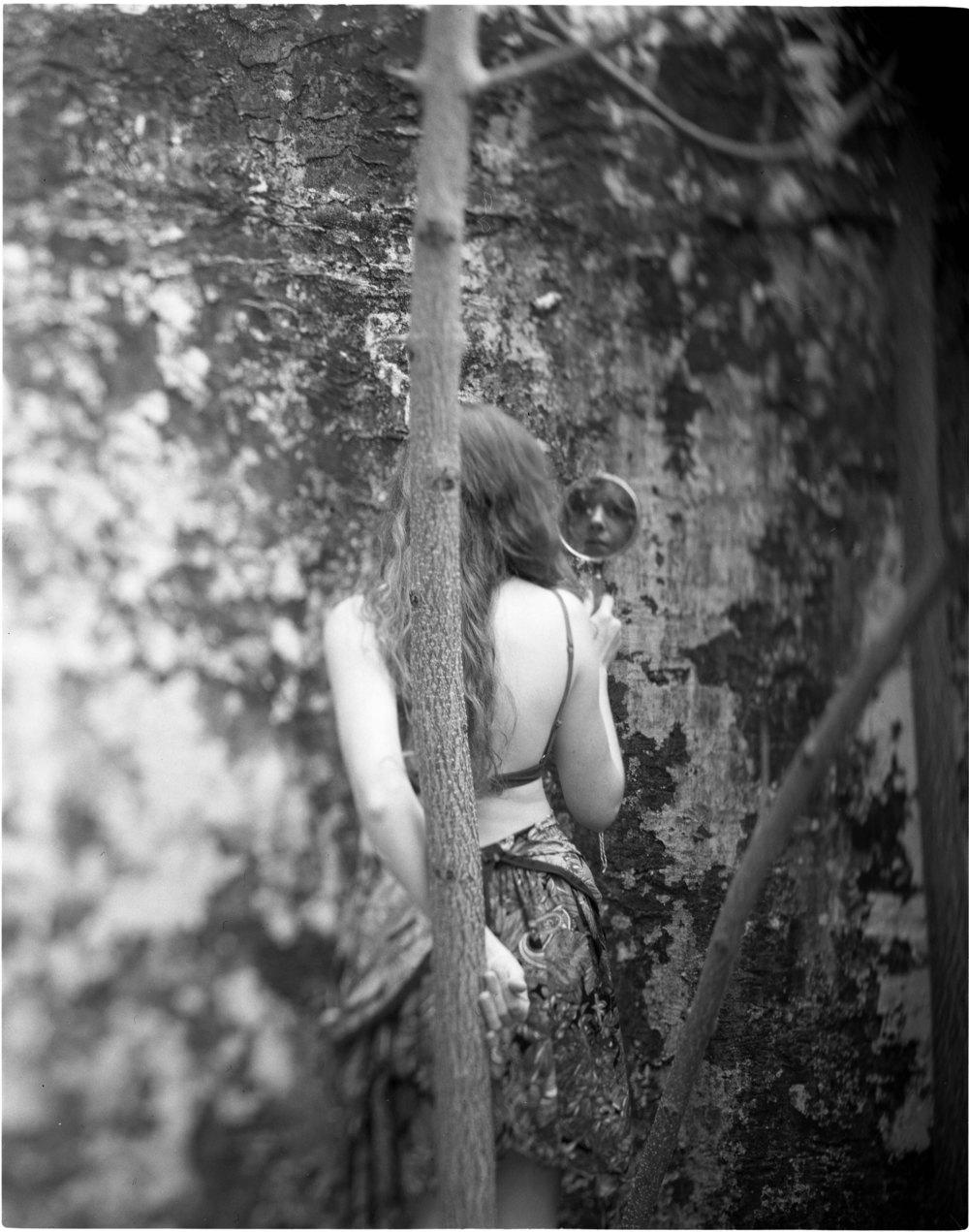 Francesca Woodman011.jpg