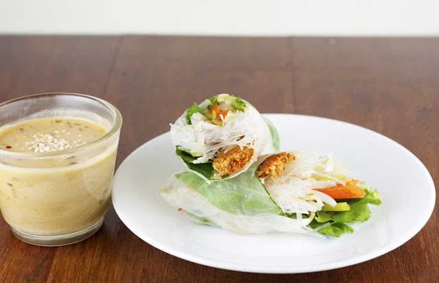 Recipe: Sriracha Tofu Summer Rolls with Spicy Sesame Dipping Sauce ...