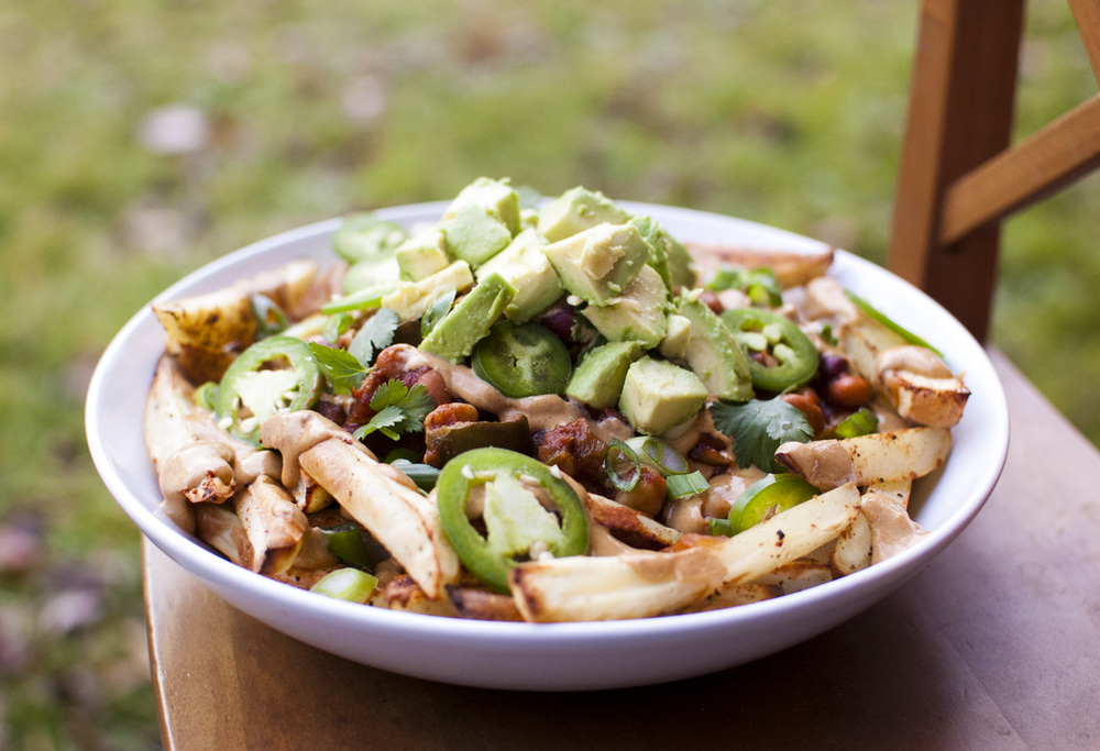 The BEST healthy vegan Chili Cheese Fries - Fo Reals Life