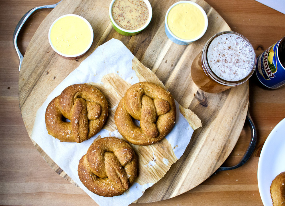 Whole Wheat Soft Pretzels (vegan!)