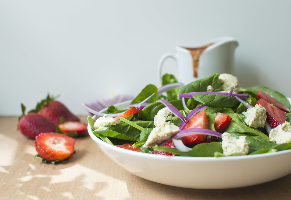 Spinach Salad with Strawberry Basil Balsamic Dressing