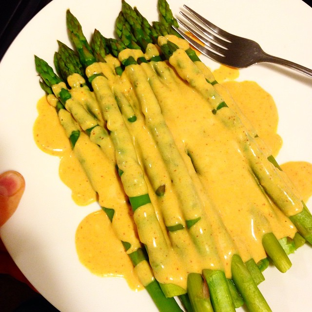 Easy Vegan Hollandaise