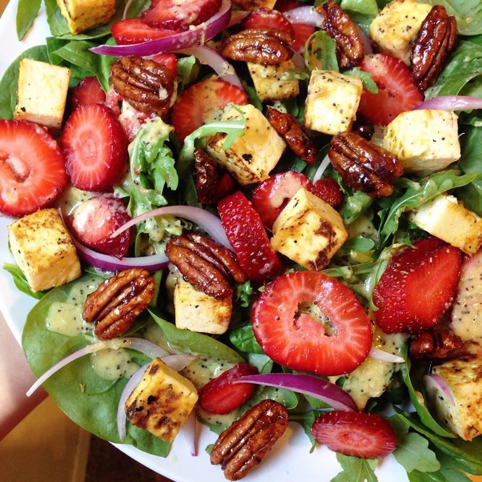 Strawberry Spinach Salad with Orange Poppyseed Dressing