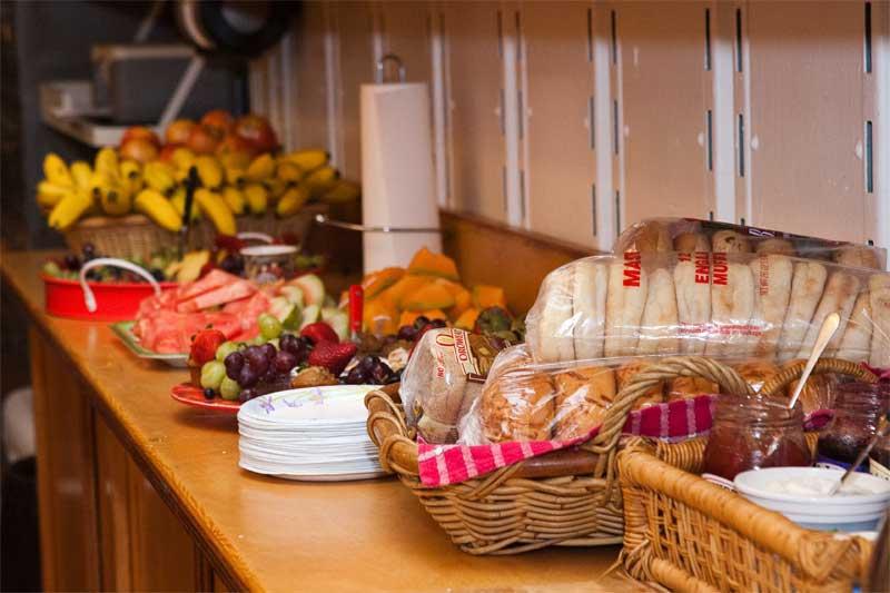 2.5-Hospitality-snacks-in-t.jpg