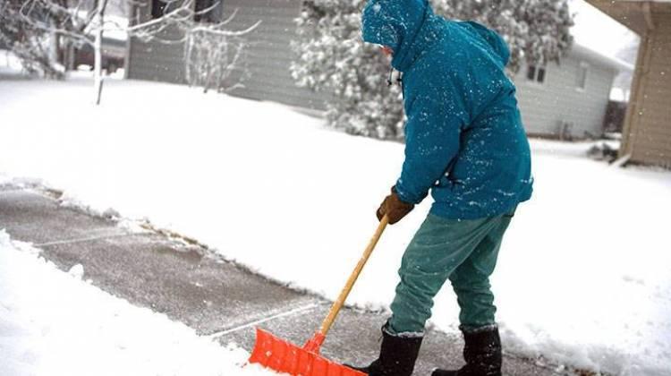 snowshoveling-5.jpg