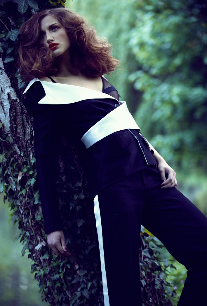 Suit  Eric Tibusch   Body  Yasmine Eslami