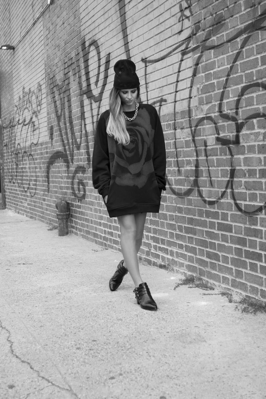 Beanie, Sweatshirt  Black Scale   Shoes  Modern Vice