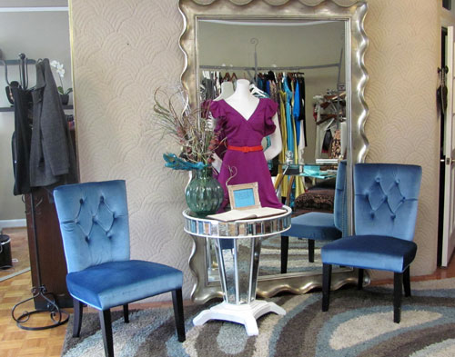 Just as their website says, Aura Salon is a multicultural salon, day spa, and boutique, offering treats for all your senses. You could literally spend the whole day there getting pampered as well as getting in some quality shopping time!