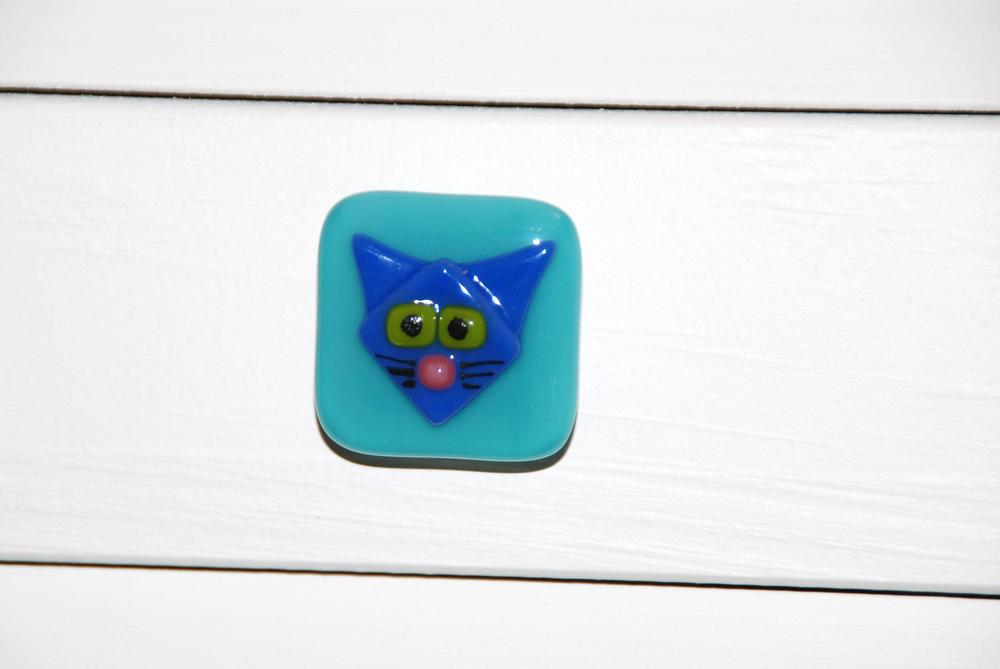 blue cat cabinet pull (2).JPG