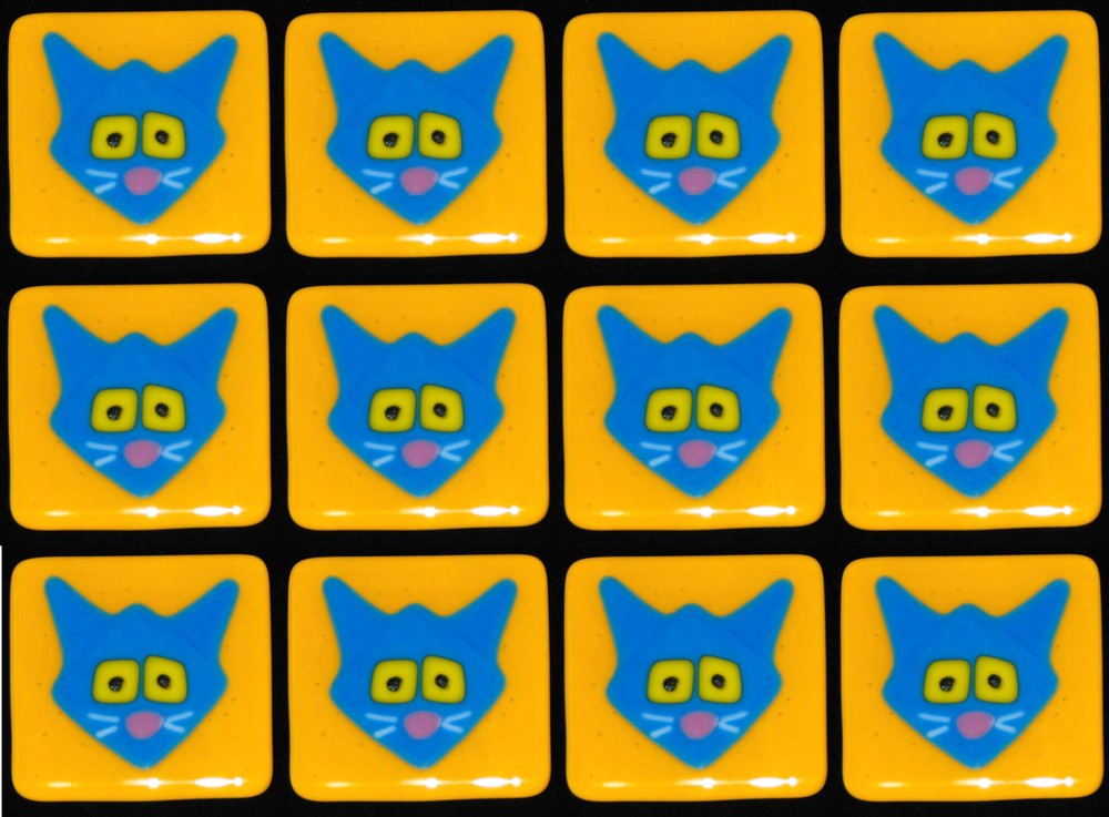 kitties blue on gold.jpg