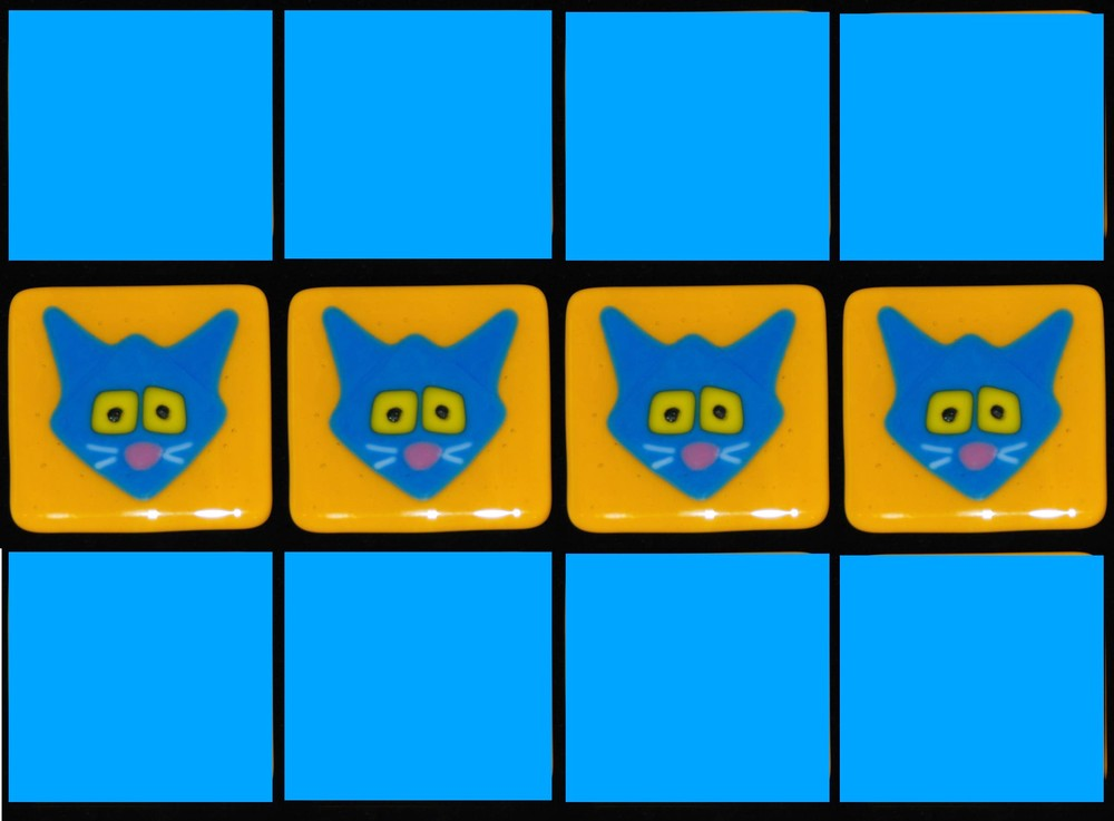 kitties blue on gold with blue.jpg