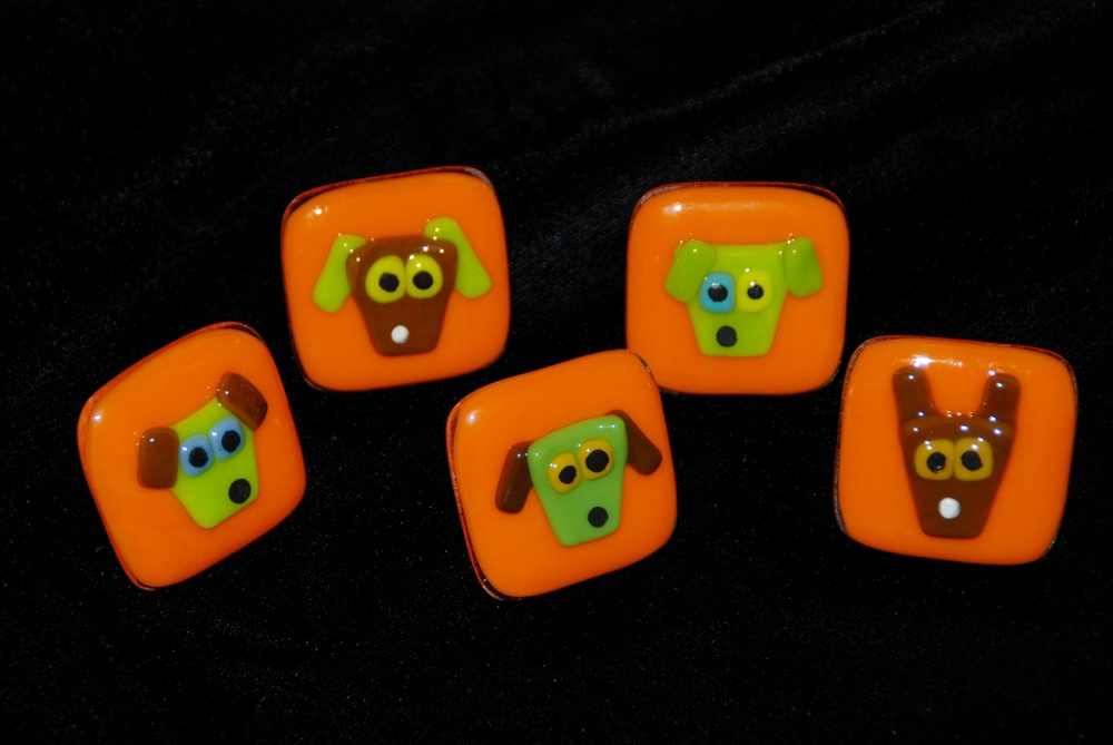 five orange dog pulls.jpg