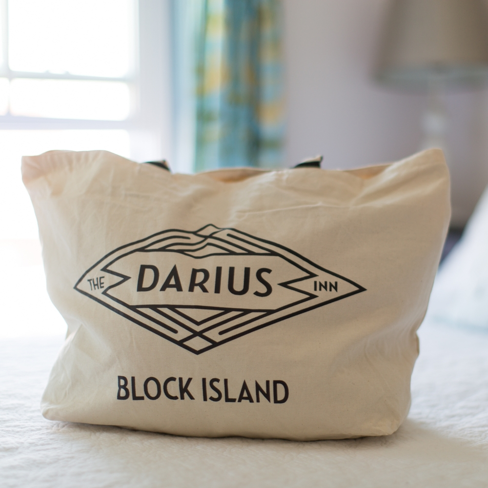 40Allegra_Anderson_Photography_Block_Island_Photographer_Darius_Inn.jpg
