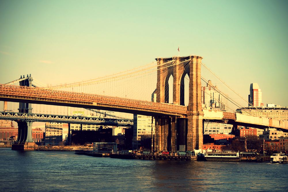 Brooklyn_Bridge_Blick_Richtung_Brooklyn.jpg