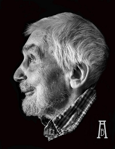 Edwin_Morgan_by_Alex_Boyd.jpg