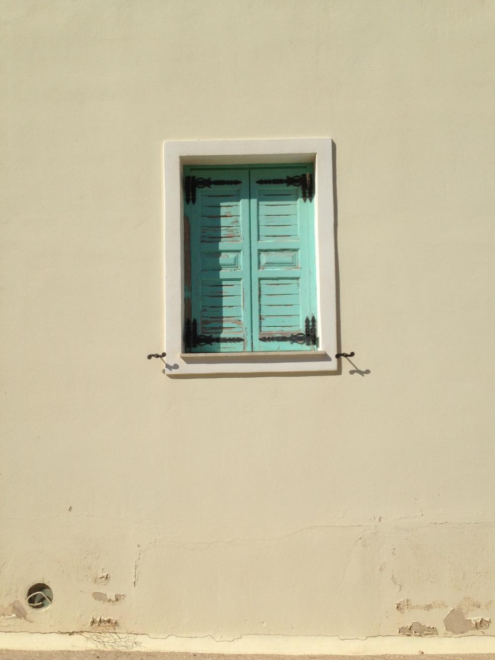 +1 window