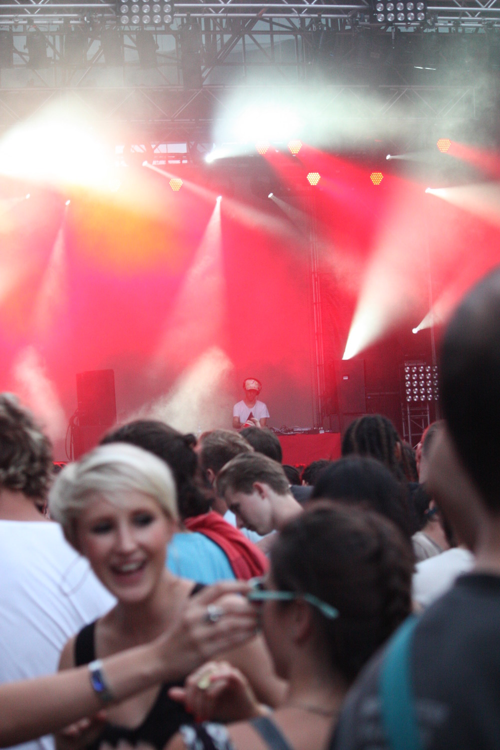 SONAR 2011: NOMADA & The Jellyfish Act