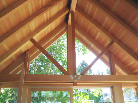 Completed roof truss