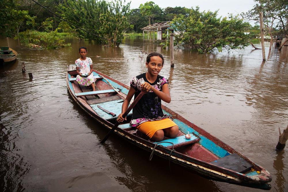 Sisters at Marcheteria Island, Amazonas, Brasil