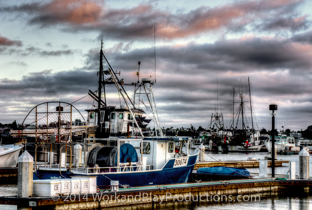 fish boat 1a tone 2.jpg