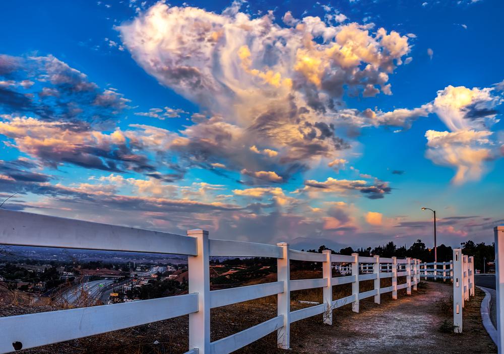 fence 2 sunset.jpg