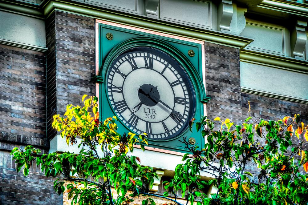 clock nectar.jpg