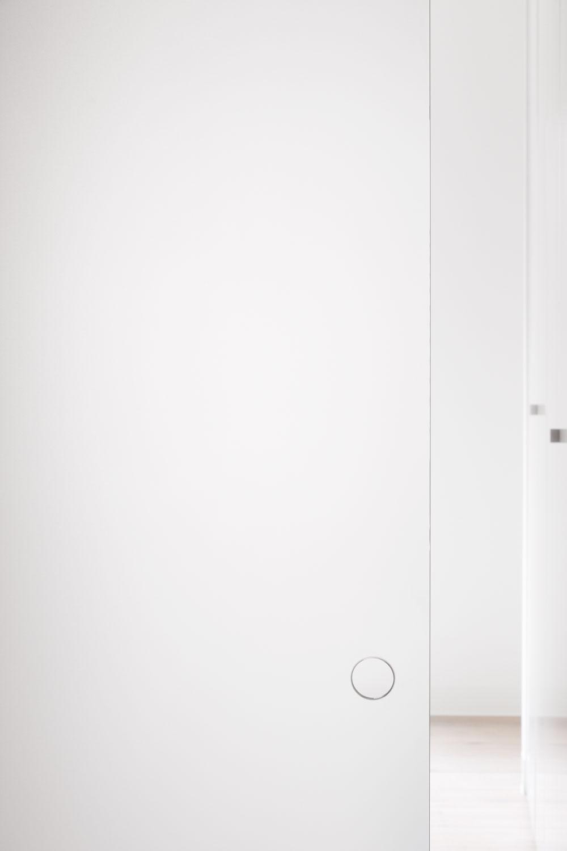 RG White Box 01.jpg