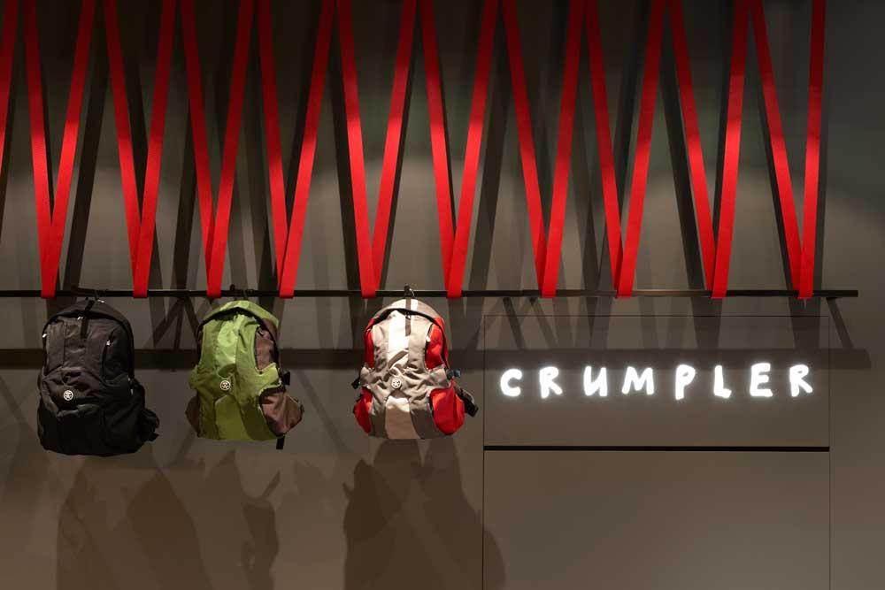 RG Crumpler WD 09.jpg